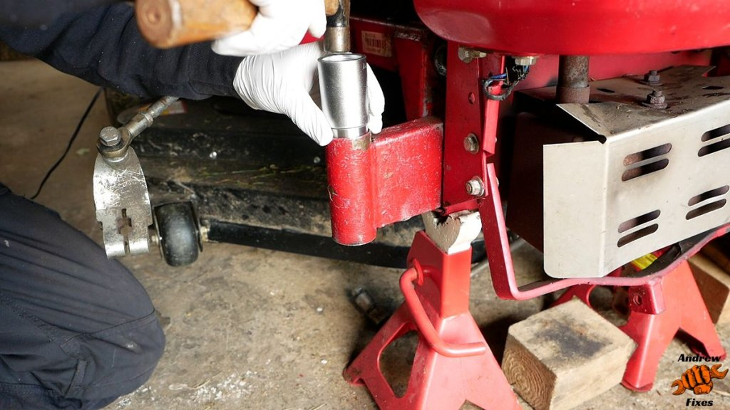 Picture showing installation of Countax stub axle bearings