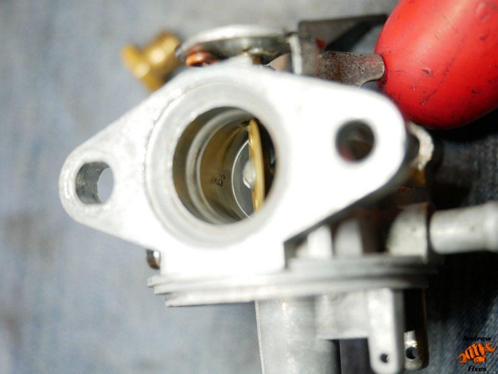 Picture showing Hayter harrier carburettor service